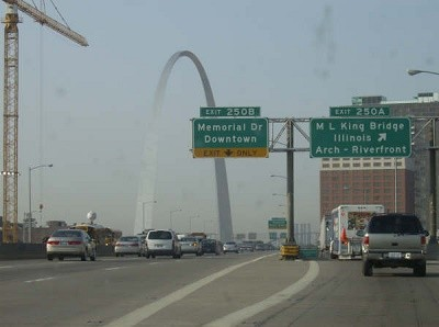 driving-in-st-louis