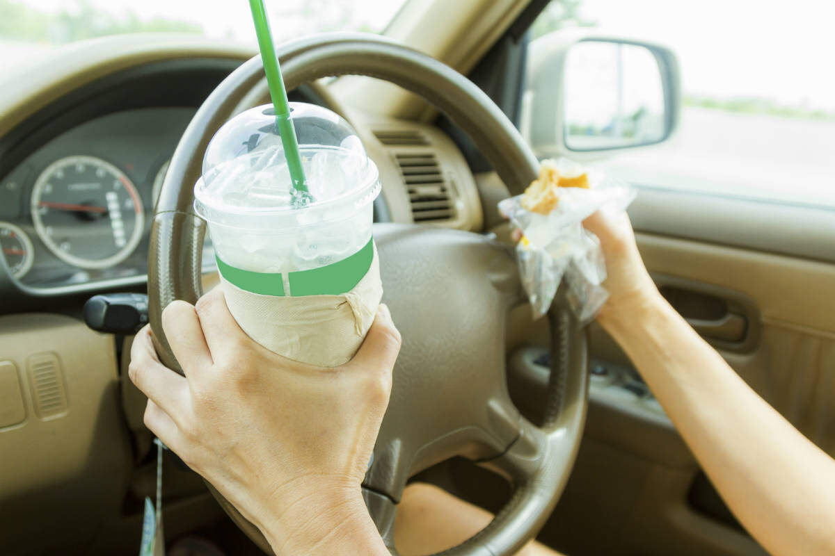 distracted driving accident ijury lawyer