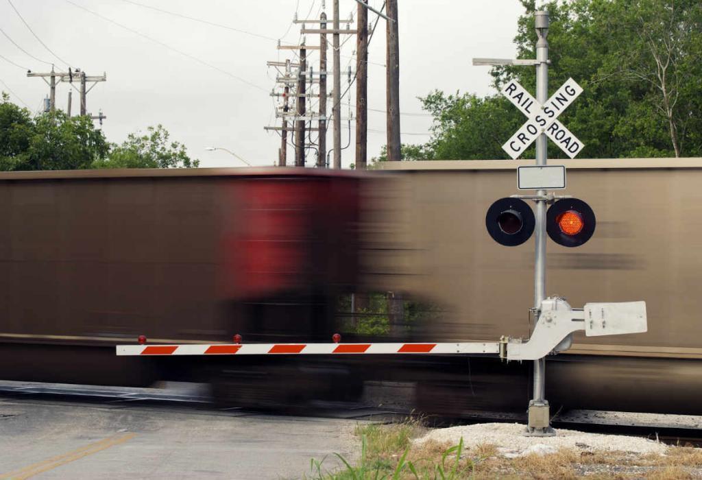 st louis auto crash lawyer railroad safety