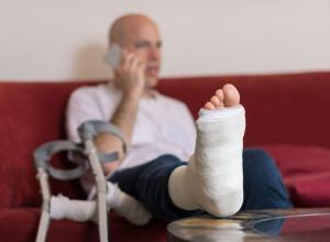 foot fracture ST. Louis car accident