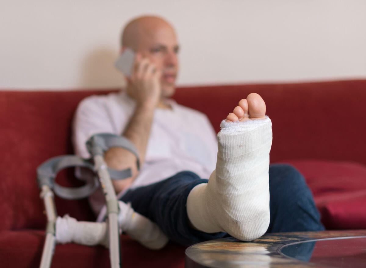 foot fracture ST. Louis car accident