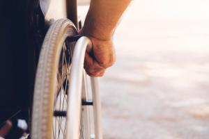 st. louis man in wheelchair after car accident