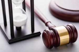 gavel and hour glass representing statute of limitations
